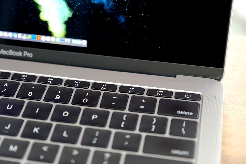 MacBook Pro 13インチ ファンクションキー搭載モデル