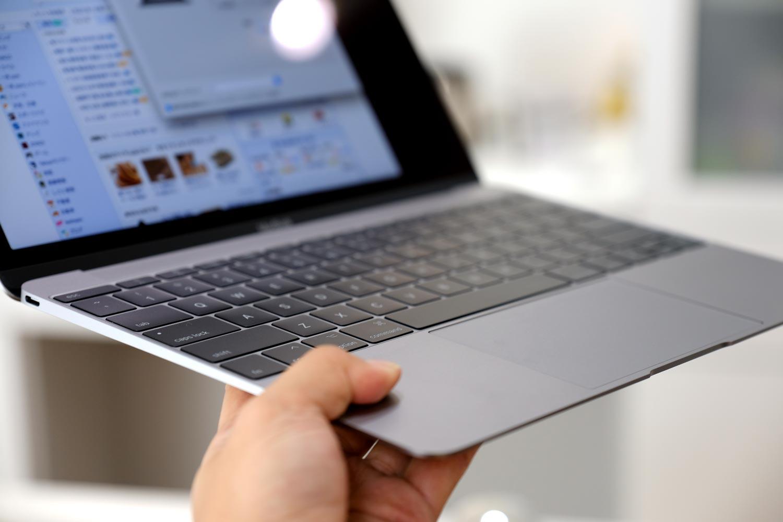 12インチMacBook コンパクトサイズ