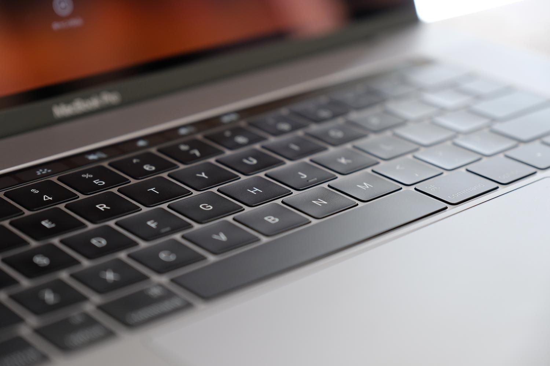 MacBook Proバタフライ構造のキーボード