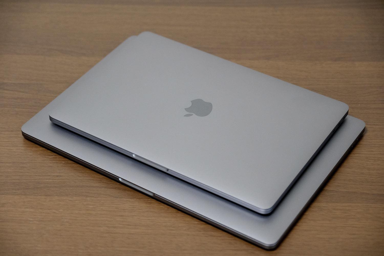 MacBook Pro 13インチと15インチ サイズ差