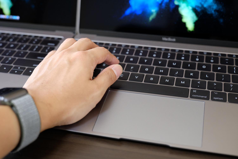MacBook 12インチのパームレスト