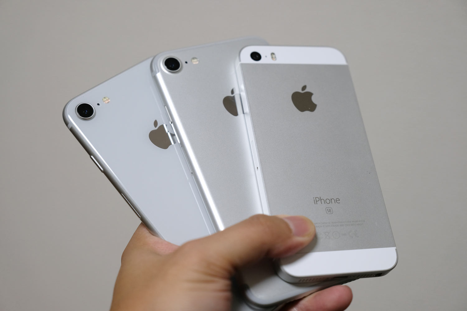 iPhone SEとiPhone 7/8